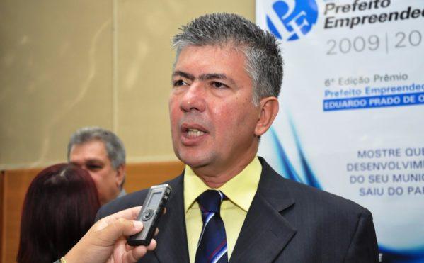 Ivan Leite lidera pesquisa de intenção de voto para governador em Estância