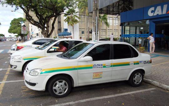 SMTT prorroga prazo para recadastramento de táxis e transportes escolares de Aracaju