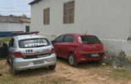 Polícia Militar recupera veículo com restrição de roubo no Eduardo Gomes