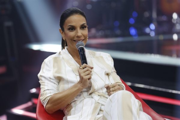 A cantora Ivete Sangalo no lançamento do The Voice Brasil 6. (Foto: Globo/Fábio Rocha)