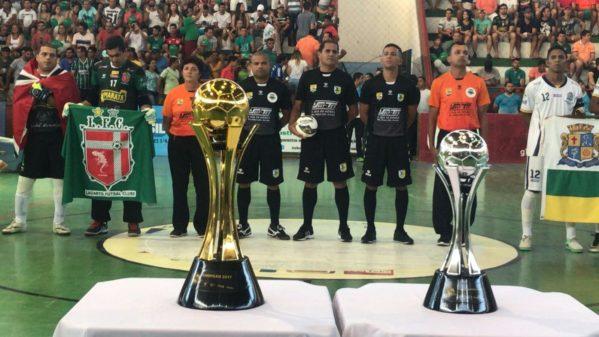 Ribeirão teve casa cheia na final (Foto: Guilherme Fraga)