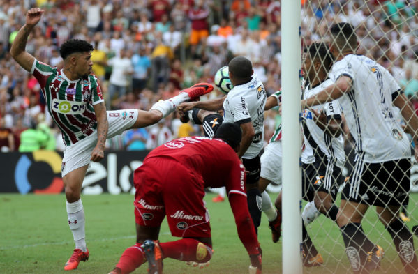 Fluminense espanta rebaixamento e Palmeiras perde para Avaí