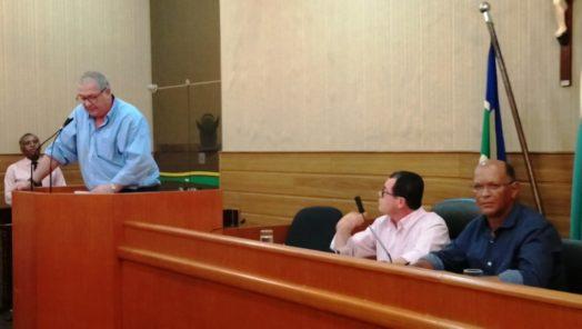 Laranjeiras: Vereadores cobram mais ações da prefeitura