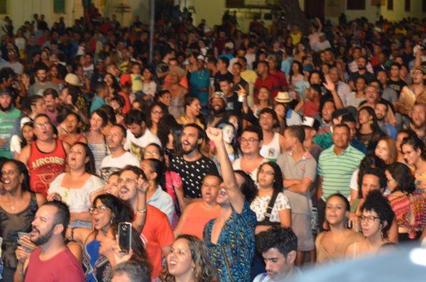 A mistura de estilos musicais marcou a segunda noite de shows no palco João Bebe-Água na 34° edição do Festival de Artes de São Cristóvão (FASC)