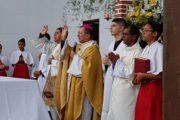 Festa de Nossa Senhora de Loreto é finalizada com missa e procissão