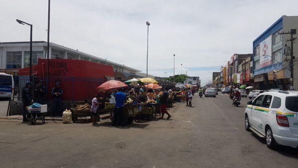 Ambulantes tentam retornar à Rodoviária Velha