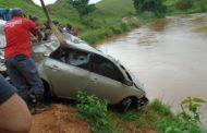 Família sergipana morre após carro cair dentro de um rio em Minas Gerais