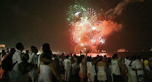 Confira opções de festas para o Réveillon em Aracaju, Salvador ou Maceió