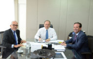 Edvaldo reivindica liberação de recursos para Aracaju a ministros das Cidades e Saúde