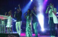 Culto da virada reúne centenas de evangélicos em Aracaju
