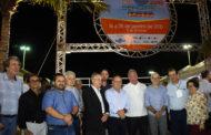 Turistas abordam prefeito na Feira de Sergipe e elogiam gestão de Aracaju
