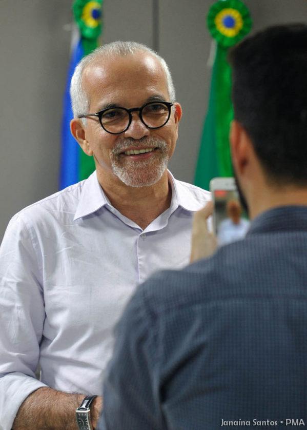 Prefeito de Aracaju anuncia pagamento do salário de fevereiro dos servidores públicos
