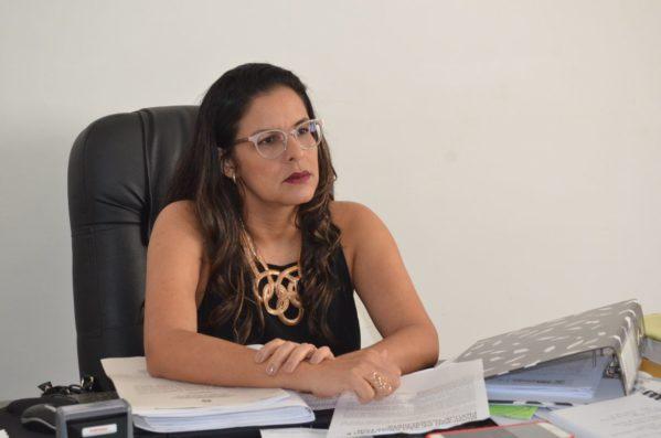 A procuradora-geral da município de São Cristóvão, Aline Magna vai pedir a condenação de dois ex-prefeitos (foto: Daniele Pereira/ascom/PMSC)