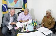 Governador assina revogação que garante ascensão de carreira para Bombeiros