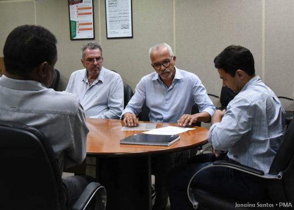 Edvaldo pede liberação de área da Petrobras para realização de obras no Santa Maria