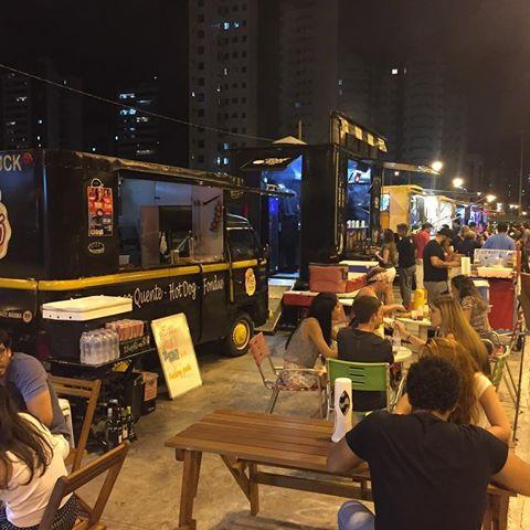 Emsurb realiza cadastro para comerciantes de food trucks