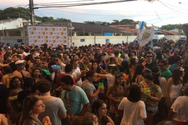 AGENDA: bloquinhos de rua de Aracaju