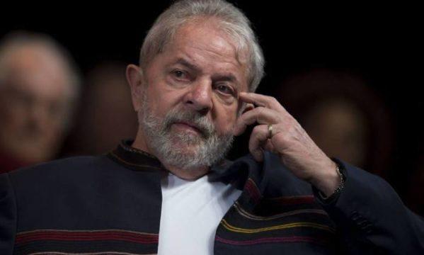 Luiz Inácio Lula da Silva durante encontro no Rio de Janeiro - MAURO PIMENTEL / AFP