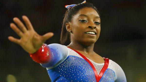 Campeã olímpica no Rio em 2016 Simone Biles denuncia médico por abuso sexual