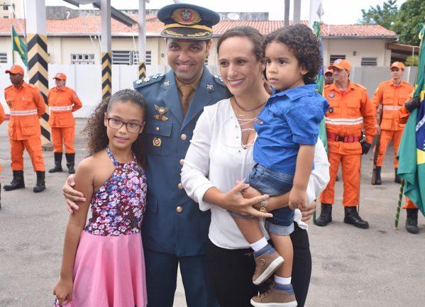 O novo tenente-coronel Douglas Farias de Morais