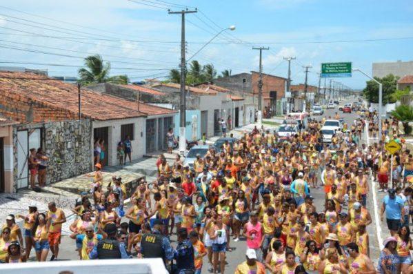 Com apoio da Prefeitura, bloquinhos de rua levam diversão aos cidadãos socorrenses