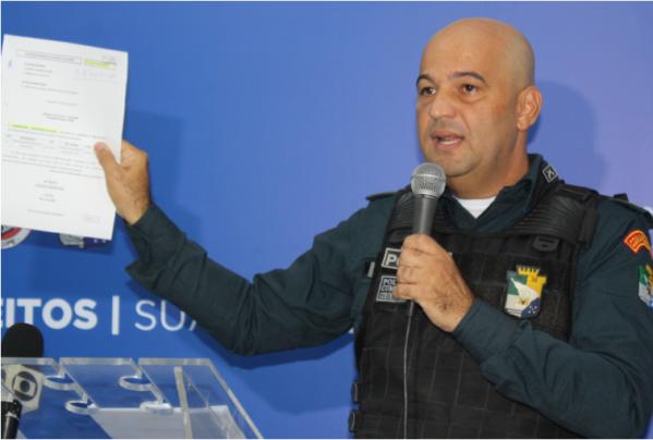 Comando da PM afirma que um sargento foi indiciado por desvio de dinheiro com cartões de abastecimento