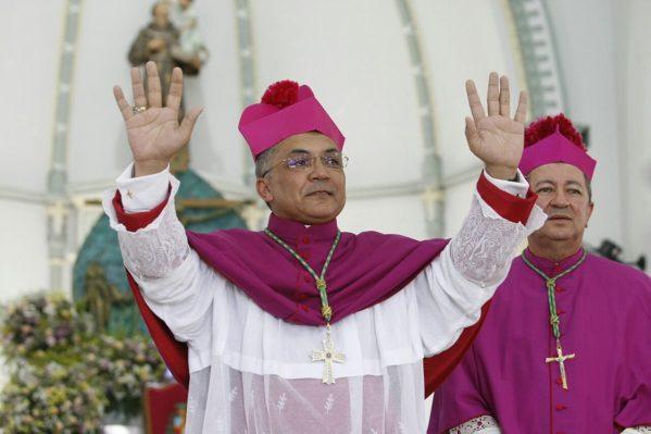 Jackson dá boas-vindas ao novo bispo de Propriá