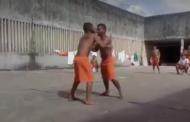 Vídeo mostra detentos praticando 'luta livre' dentro de presídio de São Cristóvão