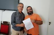 Prefeito de São Cristóvão recebe presidente do PSOL no município