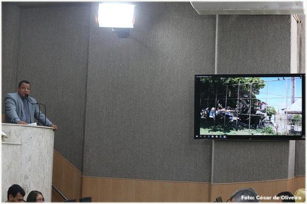 Na Câmara de Vereadores, Américo de Deus solicita melhorias e reparos estruturais em praças de Aracaju