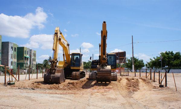 Prefeitura inicia obras na Avenida Canal 3, no Augusto Franco