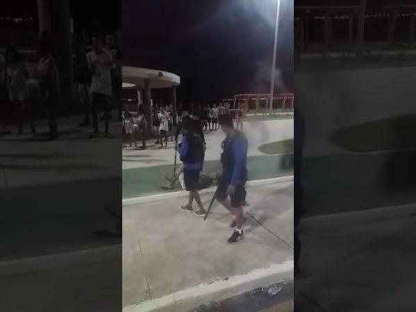 Guarda municipal de Aracaju é acusado de agredir jovem na Praia Formosa; assista