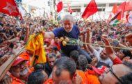 Mídia global retrata Lula como alvo de perseguição e favorito nas eleições