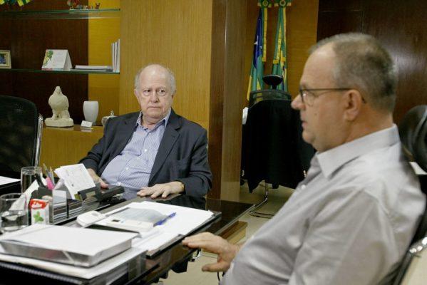 Belivaldo discute situação da Fafen com o ex-governador Albano Franco
