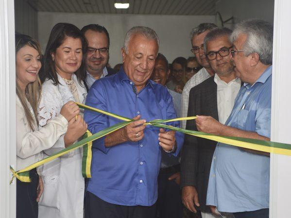 Jackson Barreto entrega nova unidade de Radioterapia do Huse