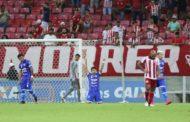 Na Arena Pernambuco, Confiança vence o Náutico e assume liderança da Série C