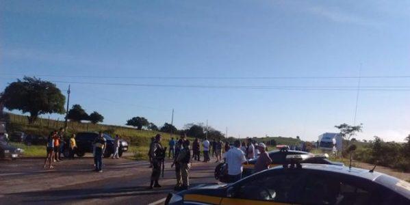 Mesmo com acordo, caminhoneiros mantêm protestos nas rodovias federais