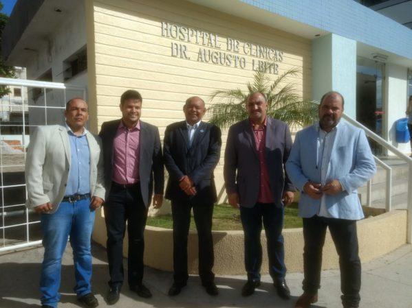 Membros da CPI da Saúde conseguem fazer a primeira visita ao Hospital Cirurgia