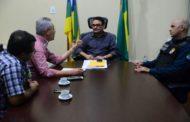 Prefeito Marcos Santana se reúne com Secretário de Segurança Pública e solicita reforço no policiamento