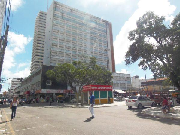 SMTT mudará trânsito no Centro durante desocupação do antigo Hotel Palace