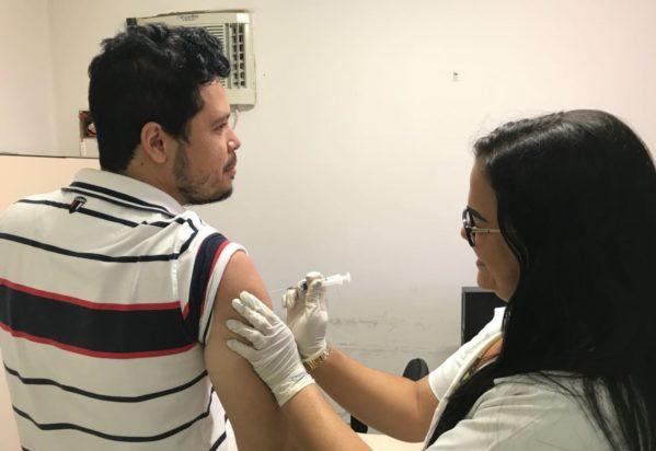 Prefeitura de Aracaju realiza campanha de vacinação para servidores no próximo dia 25