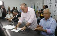 Governador de Sergipe assina edital de concurso para delegado da Polícia Civil de Sergipe