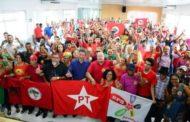 Deputado João Daniel reúne centenas de pessoas em plenária