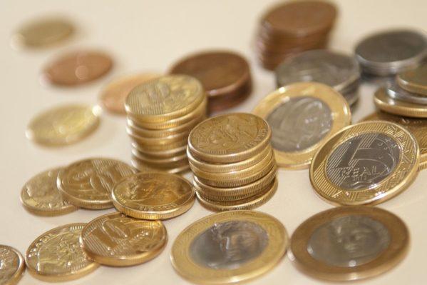 Banco Central diz que 20% da população ainda guarda moedas em casa