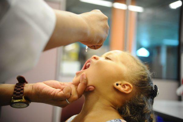 Ministério da Saúde pretende vacinar 11 milhões de crianças contra sarampo e pólio