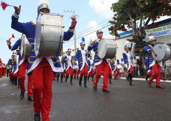 Trânsito será alterado no Siqueira Campos durante Desfile Cívico na rua Bahia