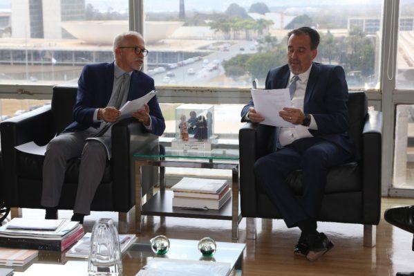 Edvaldo reivindica ampliação dos recursos federais para a Saúde de Aracaju