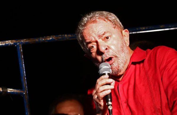 Justiça determina que Lula pague R$ 31 milhões no caso do triplex