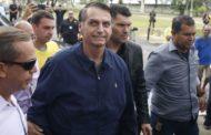 Bolsonaro viaja para Brasília para se encontrar com Temer e cuidar da transição
