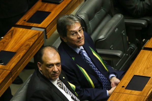 PTB anuncia apoio a Bolsonaro no segundo turno